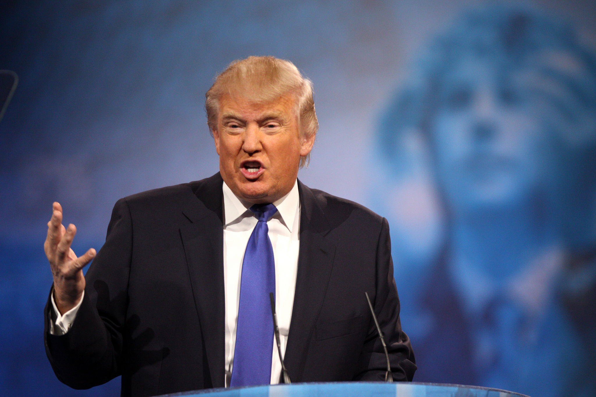 Donald Trump spricht 2013 auf der Conservative Political Action Conference (CPAC) in National Harbor, Maryland.